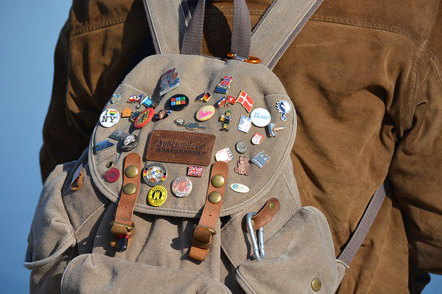 Backpack with buttons
